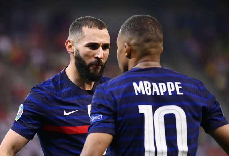 Benzema da como un hecho que Mbappé jugará en Real Madrid