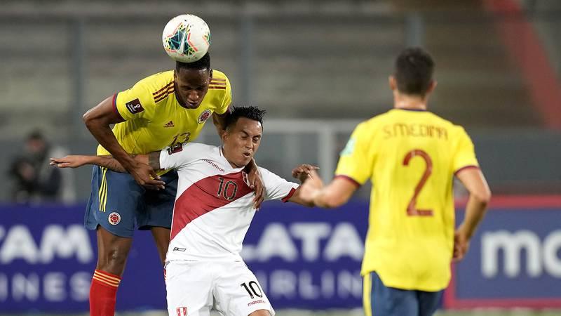 VIDEO del gol de YERRY MINA a Perú en Eliminatorias Catar 2022