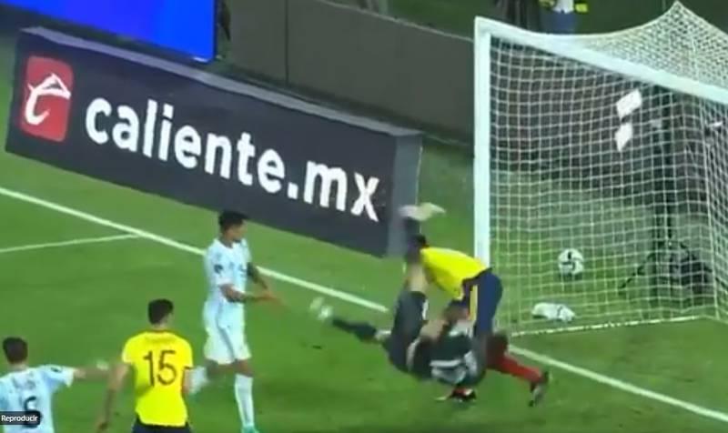 VIDEO | Lesión de Emiliano Martínez en el Colombia vs Argentina