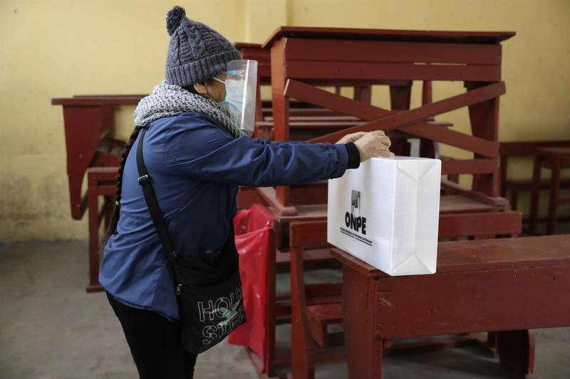 Votaciones en Perú