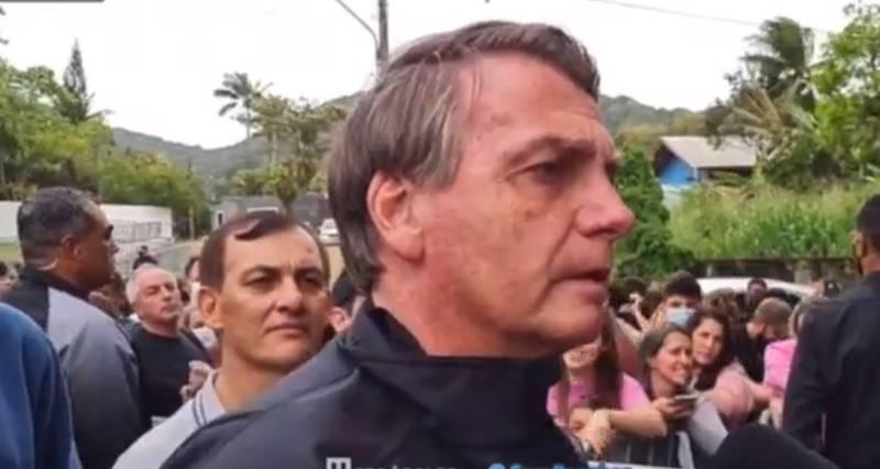 A Bolsonaro no lo dejaron entrar a un partido por no estar vacunado