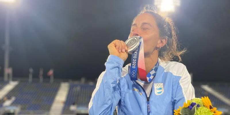 Ladrón le pide la clave del celular a Sofía Maccari a cambio de su medalla