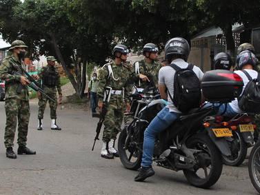 Al menos diez soldados resultaron heridos tras explosión de camión